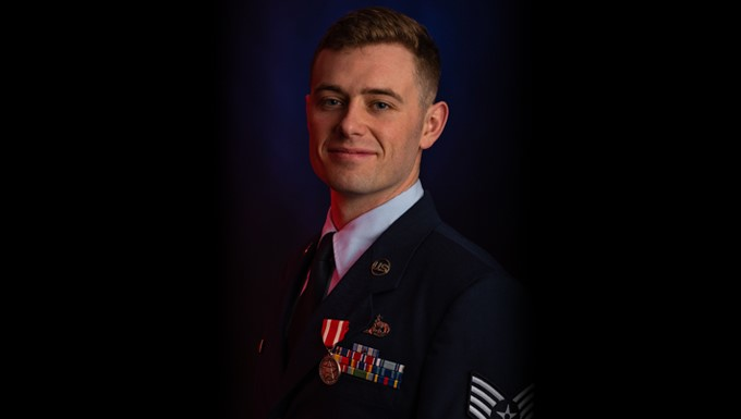 137th SOW Airman receives Oklahoma Star of Valor